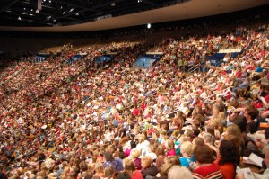 Mormon women gather at final Women's Conference session