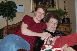 LDS women make quilt for friend dying of cancer