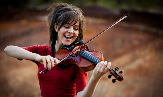 Live Facebook Event with Lindsay Stirling on November 25